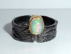 Goldsmith ring made of 925 silver, Neillo silver with natural opal, full opal from Ethiopia, Welo opal