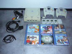 Dreamcast with 6 games ao Gradia and Skies of Arcadia , 6 memory cards and 2 controllers.
