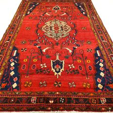"Zandjan – 325 x 206 cm – ""Eye-catcher – Large Persian carpet in mint condition""."