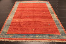 Beautiful Persian carpet, Gabbeh, wool on wool, nomad's work, made in Iran, natural colours, 190 x 240 cm, good condition