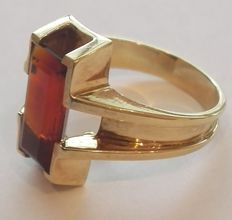 Conspicuous 585 / 14 kt gold ring with large Madeira citrine, ring size approx. 55 (17.5 mm), approx. 6.2 grams