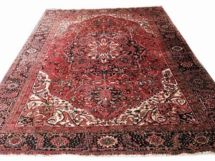 Original & Beautiful Persian Iran Old Heriz Hand knotted 420x315cm XXL circa 1940 with certificate of authenticity Low reserve price