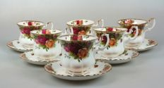 "Royal Albert - ""Old Country Roses"" teapot, 6 cups&saucers and table bell"