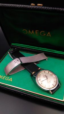 Omega Constellation Pie Pan -NOS