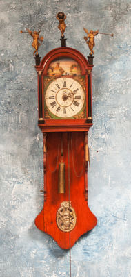19th century painted Frisian tail clock in completely original condition with wooden figurines.