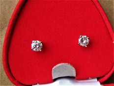 Diamond earring , 0.85 ct total