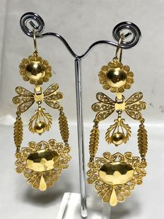 Sicilian earrings with multiple pendants, 19th century