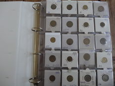 Hong Kong and Singapore - Collectio of coins in 2 stock books (approx. 210 coins)