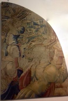 Large-sized fragment of a tapestry, Flanders, 152 x 100 cm, 1650