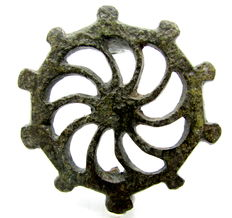 """Ancient Roman bronze open-work brooch shaped as Wheel - """"the Wheel of Fortune"""" - 42 mm"""