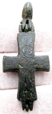 Medieval Bronze reliquary (double cross) pendant with Silver Inlay Depiction of Christ - 55 x 23 mm