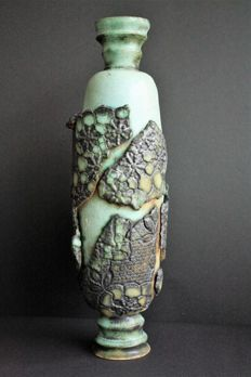 "Karin Kleinekoort - Ceramic Object ""The beauty within"""