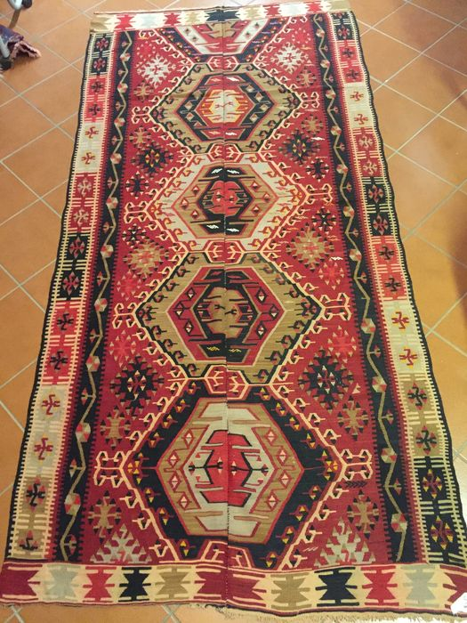 Kilim slit fabric with 'jijim' inserts from Aydin (central Anatolia), composed of 'two cloths' - Size:  147 x 310 cm - Era: circa 1950s