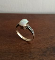 Ladies Antique Ring in Gold and Silver with Opal and Emeralds