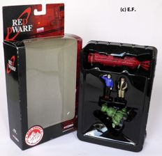 Red Dwarf - Corgi 2004 - Set TY96501 with figures, Starbug 1 TY96402 and Red Dwarf shuttle TY96401