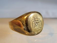 Gold monogram ring