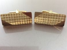 Gold vintage cufflinks with matte and glossy engraving