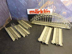 Märklin H0 - 7163/-68/-62 - 6x metal arch bridge and ramps