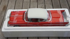 Sunstar PLATINUM Collection - Scale 1/18 - 1958 Buick Limited Hard Top