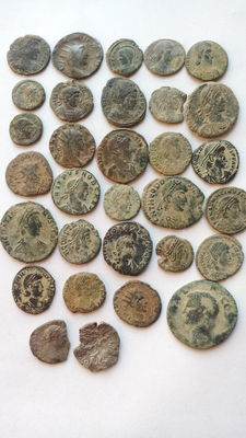 Roman Empire – Lot of 31x coins (29x AE coins and 2x AR denarii)