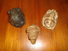 Taino Greater Antilles - Collection of 3 Cohoba ceremony objects - carved and polished stone #09