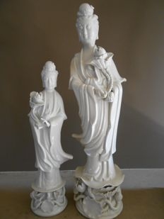 Two porcelain statues, Guanyin - China - 2nd half 20th century