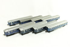 Fleischmann H0 - 8 pieces Plan-K carriages of the NS
