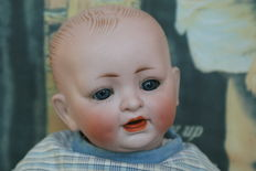 Beautiful antique doll - bald head - presumably Hertel & Schwab