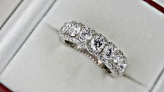 3.71 ct round diamond wedding ring in 14kt white gold - size 7,5