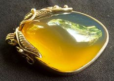 Bright yellow to green large original Amber pendant unusual in 925 silver, one piece carving, 17.2 grams