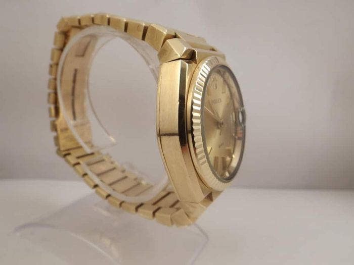Rolex – Reference: 5100 Texano Beta 21 gold limited edition
