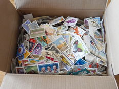 World - Batch of over 5000 stamps