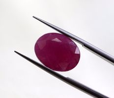 Ruby - 3.66 ct