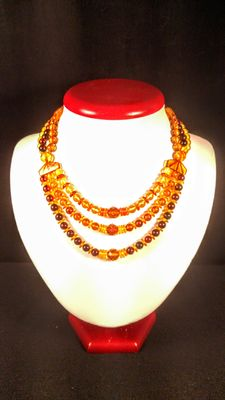 Natural Baltic amber necklace, 31 grams