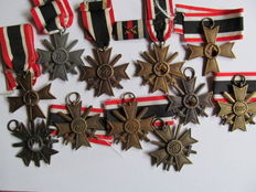 11 War Merit Crosses - 1 Clasp