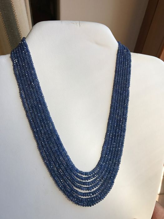 Necklace with 7 strands of sapphires