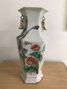 hexagonal  porcelain vase - China - first half 20th century