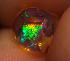 Natural Mexican Contra Luz Opal - 7.50 x 6.50 x 6.60  mm - 1.79 ct