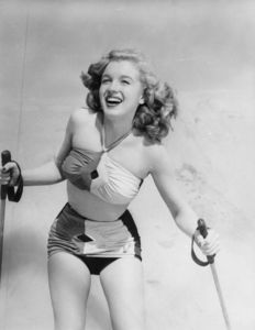 Calvar Pictures Inc.- Marilyn Monroe - 1943