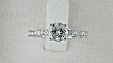 0.85 ct round diamond ring made of 18 kt white gold - size 6,5  *** No reserve price ***