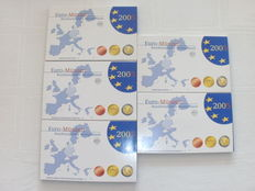 Germany – Year collections 2005A, D, F, G en J (5 pieces) complete