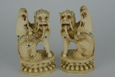 A Chi Lin couple in ivory – China – Around 1880-1900