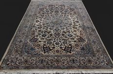 Incredible and fantastic Persian NAIN carpet from Iran, luxurious, natural wool and silk, very finely hand-knotted, approx. 295 x 197 cm, private collection.