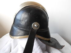Netherlands Leather fire helmet and a belt