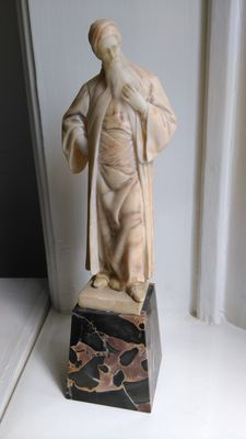 Adolf Jahn (1858-1941) - Nathan the Wise - Alabaster sculpture on marble base