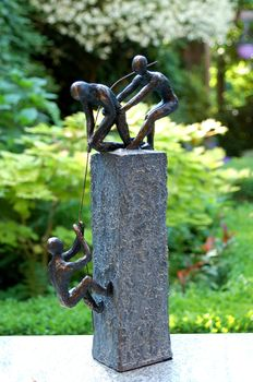 Sculpture ' combined power '.