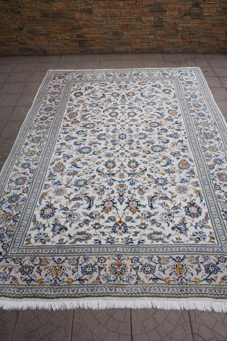 Original & Wonderful Persian Iran Kaschan with certficate of authenticity 204x 305 cm hand knotted TOP condition & Quality