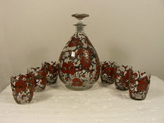 Delvaux, Paris - Art Deco decanter with six glasses and three coasters - Enamelled floral decor