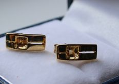 Gold earrings, 14 kt, inlaid with citrine - length: 4 x 12 mm.