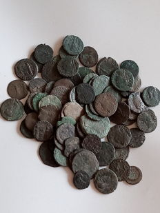 Roman Empire - Ae lot (80x), Lower Empire - Various emperors.